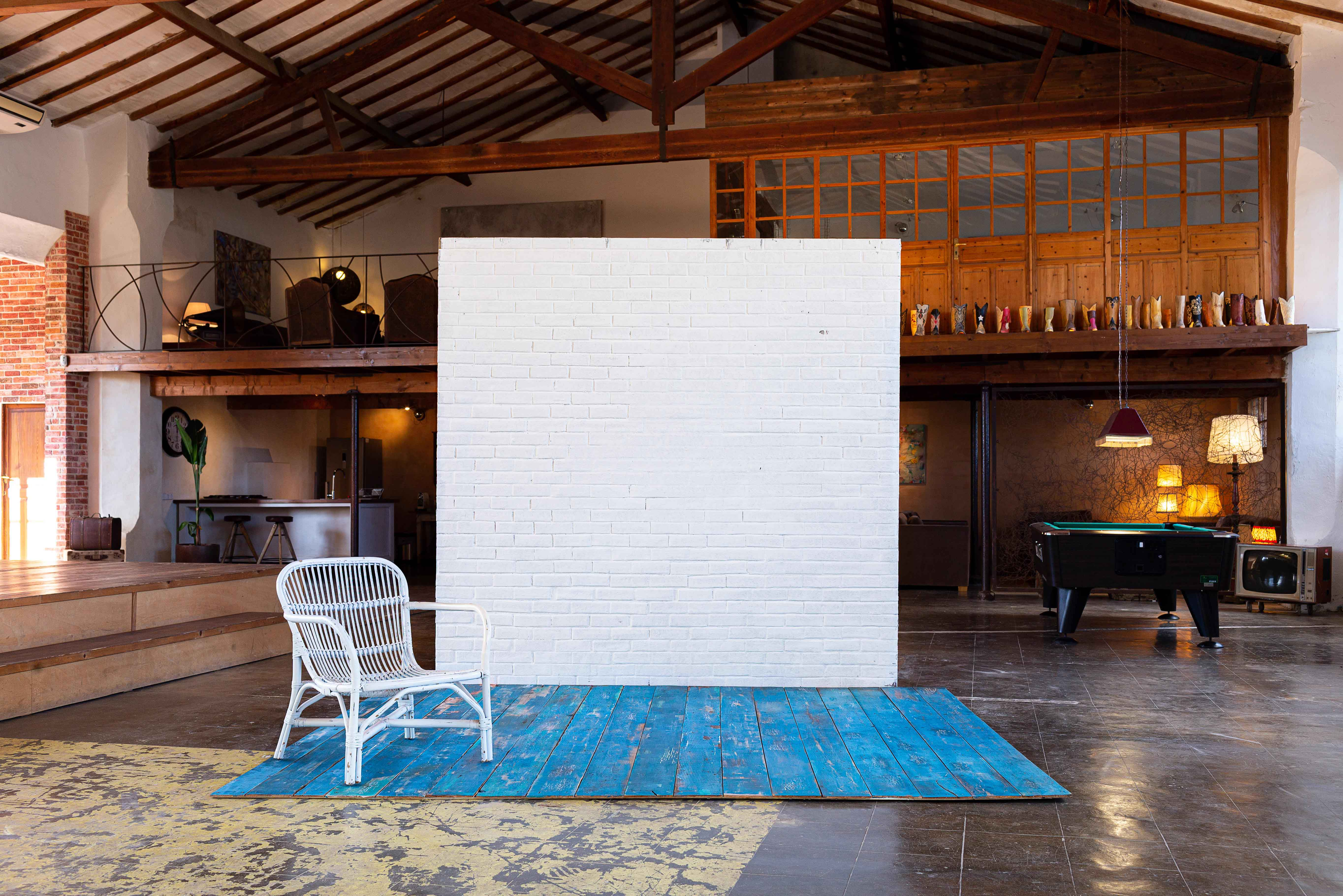 Paintable Brick Wall & Blue Floor